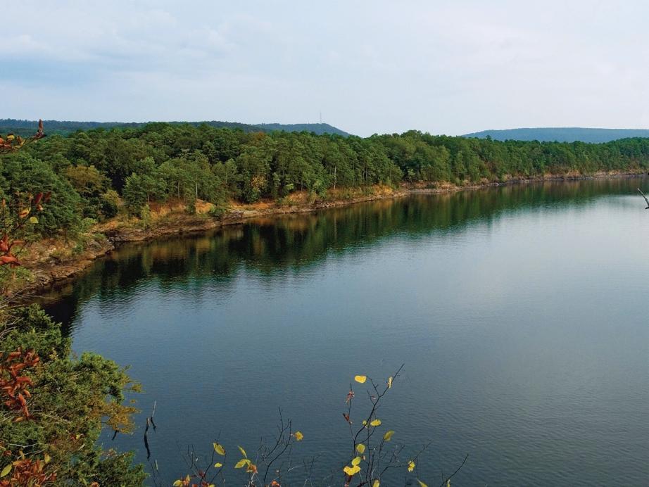 Lake Ouachita. Photo: Arkansas Dep of Parks and Tourism